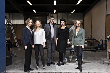 Members of the Cordts Foundation (from left to right): Birthe Thüne, Mareike Thüne, Tim Cordts, Franziska Cordts, Gabriele Benedix / Photo: Laura Weber